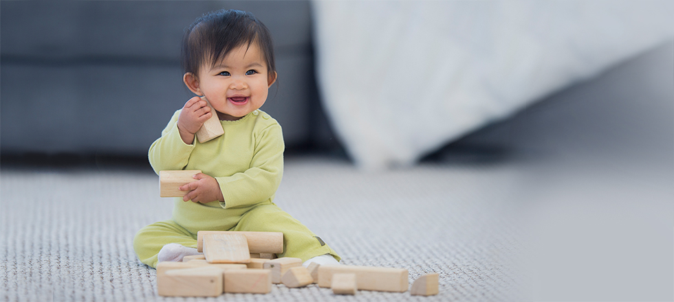 South Bascom Pediatrics - child playing with blocks