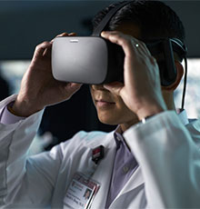 Doctor using VR