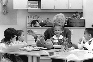 Barbara Bush visiting patients